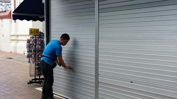Sửa chữa cửa cuốn tại Giảng Võ giá rẻ